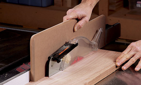 8 Easy And Simple Woodworking Tips For Beginners