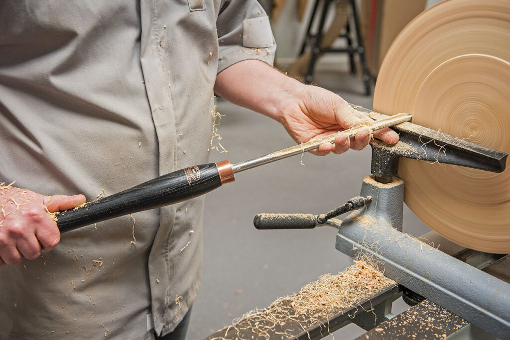 Top 5 Best Wood Lathe Tools Review For Your Woodturning Projects